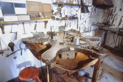 Eine historische Goldschmiedewerkstatt