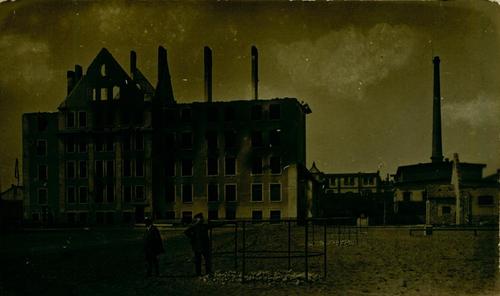Zerstörte Fabrik