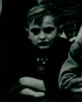 Altes Foto eines Jungen
