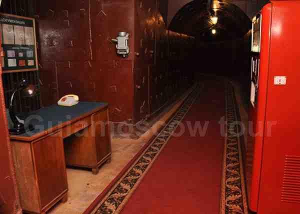 Bunker 42 excursiones en español
