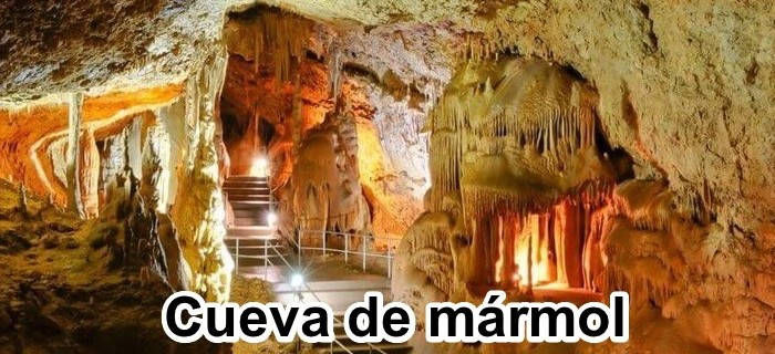 Cueva de mármol en Crimea