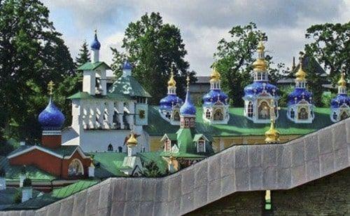 Moasterio en Pskov