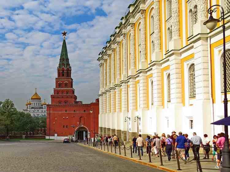 Excursión Armeria de Moscú en español