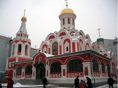 Iglesia nuestra señora del Kazan - Plaza roja