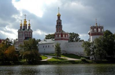 Monasterio novodevichi - guia de turismo Moscu en español
