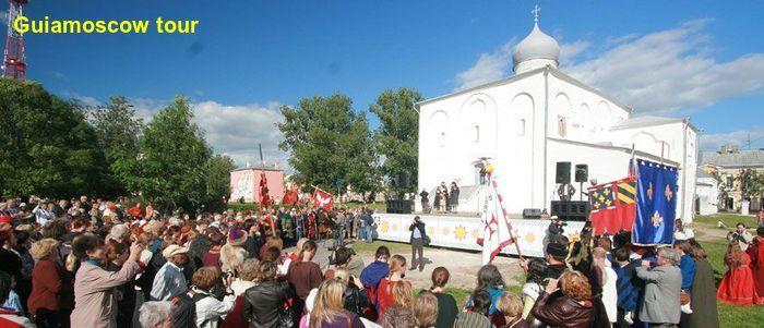 Visita al mercado de Novgorod