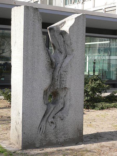 Cemal-Kemal-Altun-Gedenkstein by Akbar Behkalam, Hardenbergstraße 20, Berlin-Charlottenburg, Deutschland