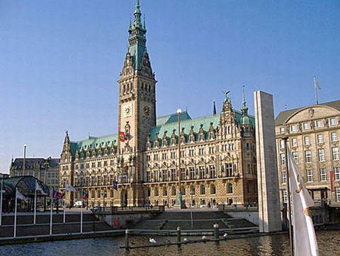 * Hamburg *
