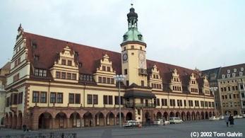 Rathaus alt und neu in Leipzig.