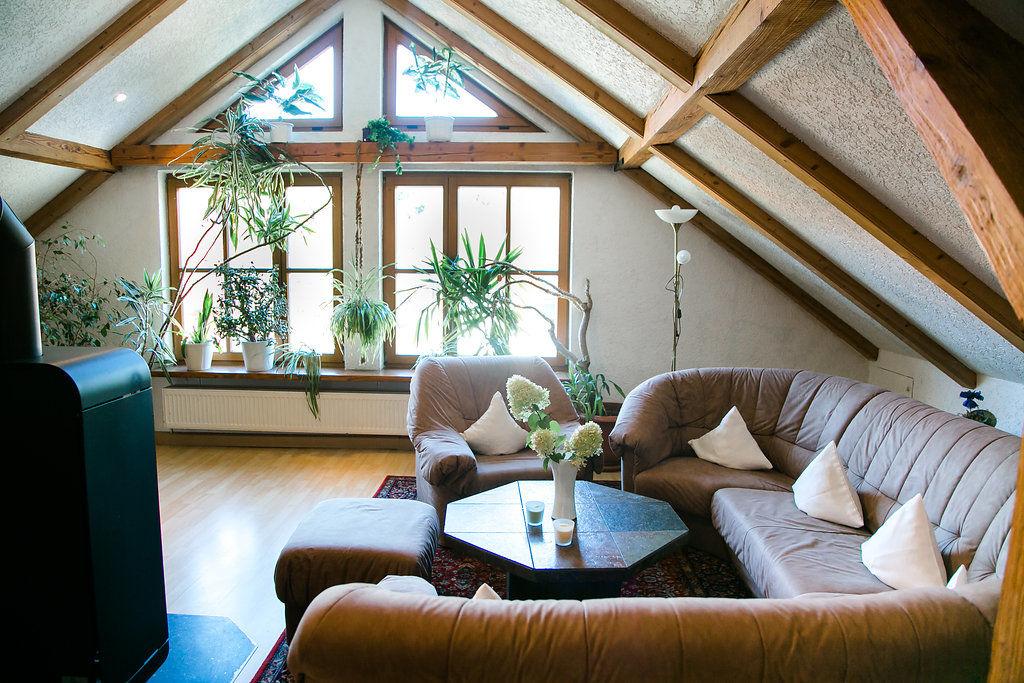 hohes ferienhaus wohnen. Black Bedroom Furniture Sets. Home Design Ideas