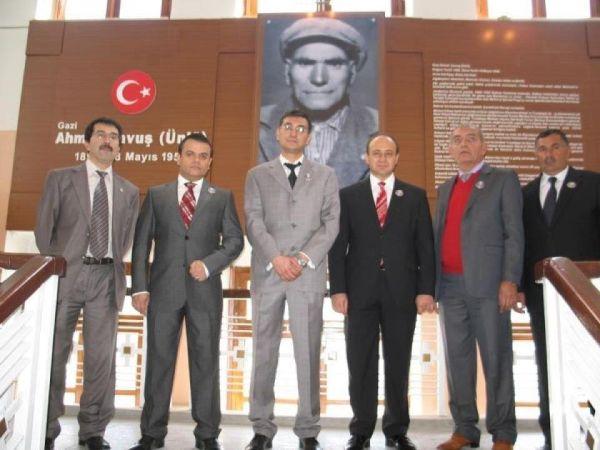 Ahmet Çavuş Köşesi
