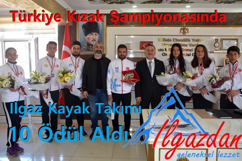 Türkiye Kızak Şampiyonasında Ilgaz Kayak Takımı 10 Ödül Aldı