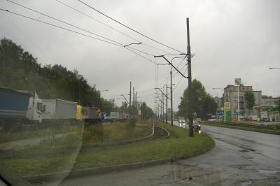 links im Bild: polnische Kohle-Transporter
