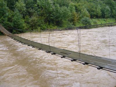Hängebrücke über die Teresvar