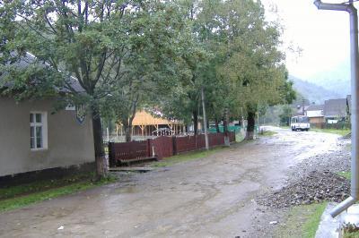 Schule von Deutsch-Mokra