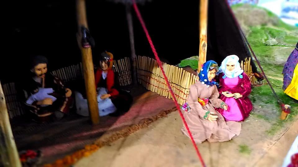 Bal Mumu ve Minyatür İnsanlar Sergisi