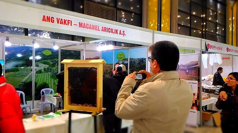 4.Armasad Türkiye Arıcılık Fuarı 2018 Resimleri ANG Vakfı Macahel Arıcılık