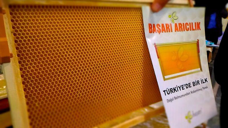 4.Armasad Türkiye Arıcılık Fuarı 2018 Resimleri Başarı Arıcılık Kabartılmış petek