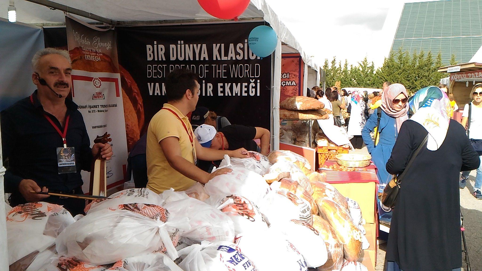 Trabzon Vakfıkebir Ekmeği 2.Ekmek Festivalinde Fotoğrafları