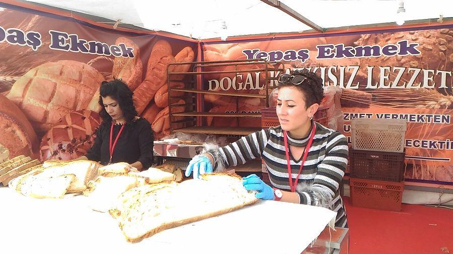 Yepaş 2.Ekmek Festivali Balina Ekmeği Fotoğrafları