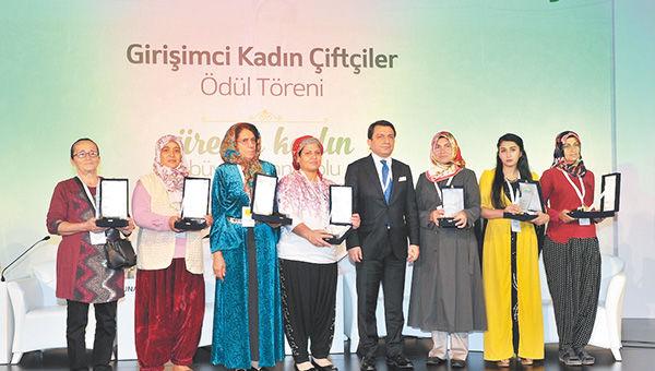 Girişimci kadın çiftçiler ödül töreni