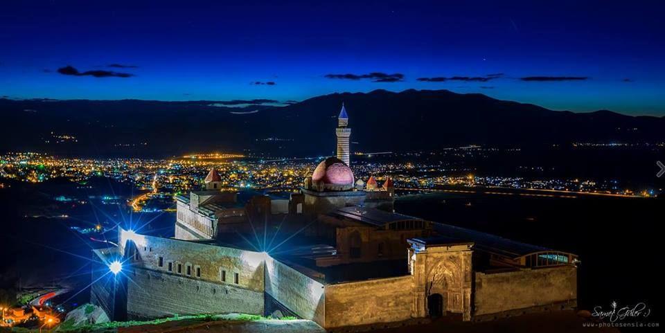 İshak Paşa Sarayı Gece Fotoğrafları,Ishak Pasha Palace Night Photos
