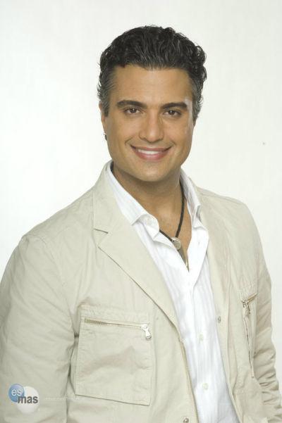cd962acfa2b4 Club Fans Jaime Camil Venezuela