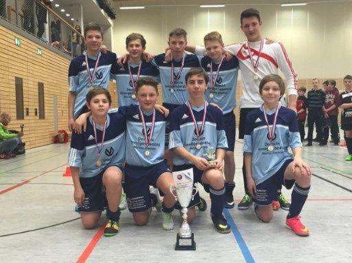 Die C-Junioren als Sieger des Hallenturniers am 08.02.15 in Jena