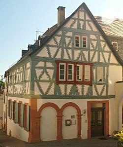 12-ehemaliges Pfarrhaus