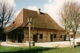 Louhans Grange Rouge
