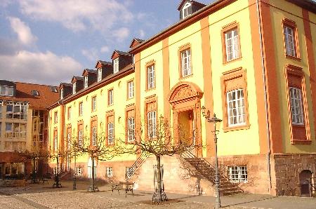 16-Schloss