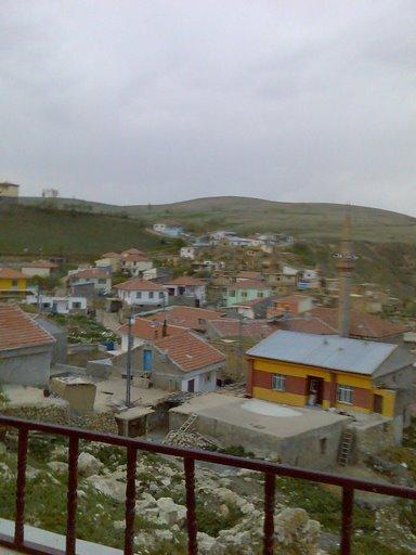 Yukarıdan köy