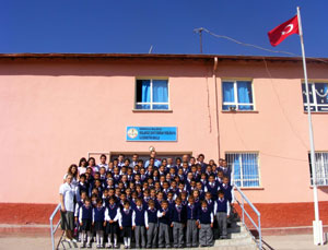 köy okulu öğrencileri