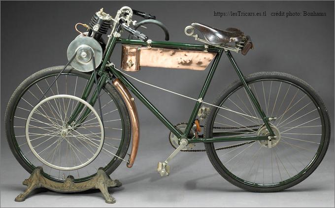 motocyclette Werner fabriquée par la Motor Manufacturing Company (MMC) à Coventry 1898