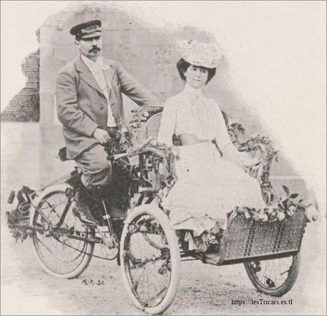Fête des artistes à Longchamp en 1900, le tricar Pernoo
