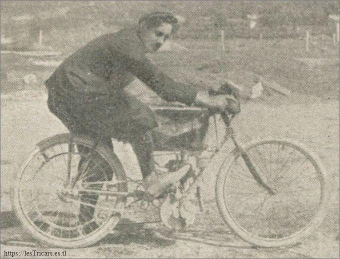 Georges Labitte sur motocyclette Werner en 1902