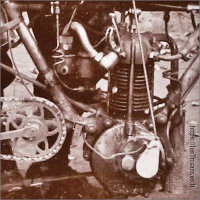 Détail du moteur G. Doué, photo 1903
