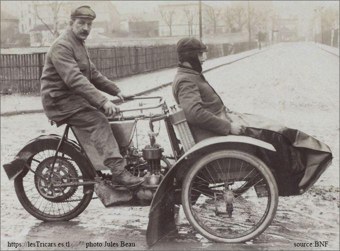 Le pilote Bucquet sur tricar Griffon en 1906