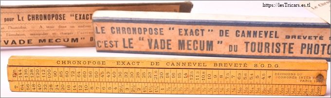 Photo d'une actinomètre appelé Le Chronopose Exact de Cannevel en forme de règle.