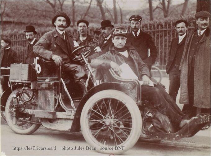 Baretti sur la trivoiturette des Ateliers du Furan, Tour de France 1908