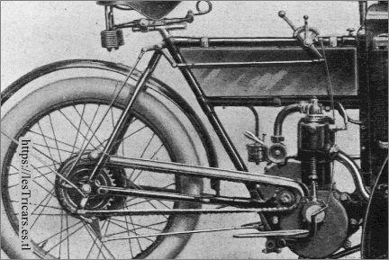 Moyeu Rivierre et son commande sur mototri Contal, photo
