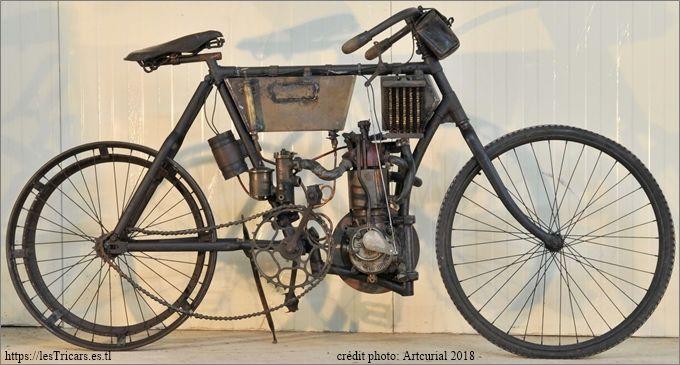 motocyclette Doué à moteur licence Buchet, 1903. Photographie