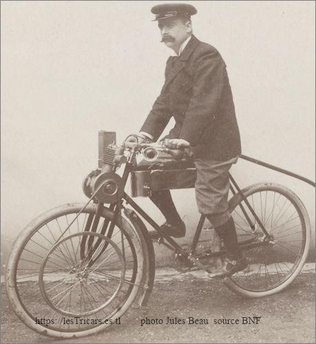 Alexis Werner sur la motocyclette de 1898