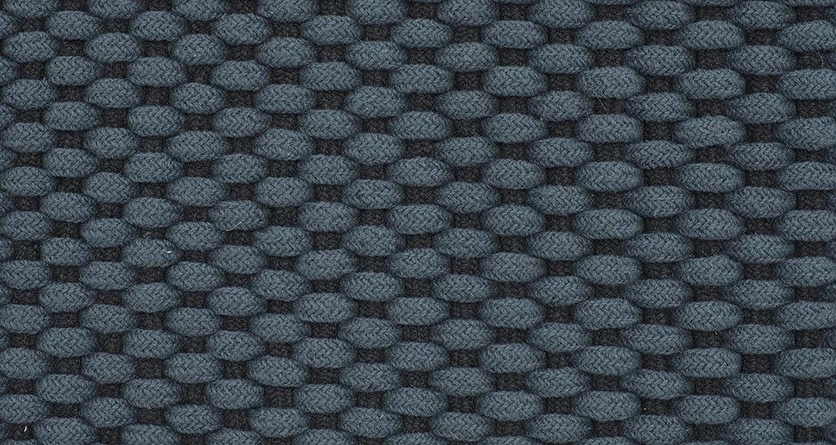 ligne roset teppiche sofa nils von ligne roset with ligne roset teppiche perfect andy ligne. Black Bedroom Furniture Sets. Home Design Ideas