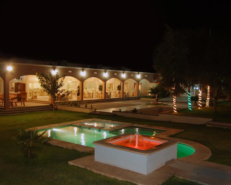 Salon de eventos los arcos principal for Salon villa jardin cuautitlan izcalli