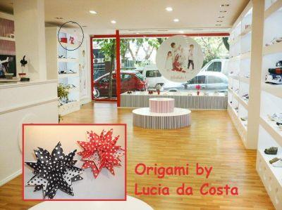 Hojas de arte origami vidrieras - Decoracion zapateria infantil ...