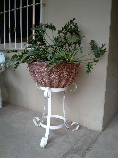 Macetasanaid macetas for Bancas para jardin de herreria