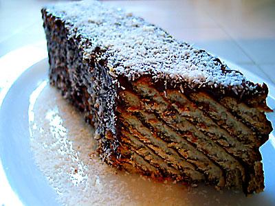 Bisküvili Kolay Pasta tarifi kolay pasta
