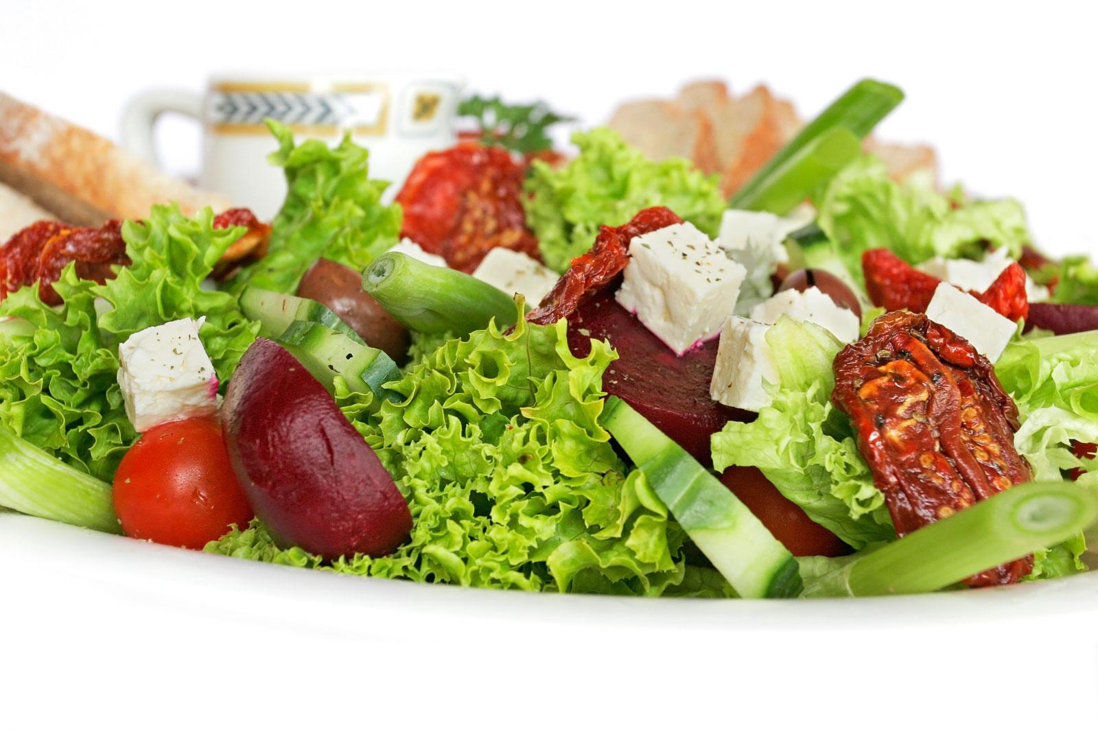 salatalar Lezzetli yemek tarifi en güzel yemekler ne pişirsem bugün kolay yemek tarifleri bedava yemek tarifi