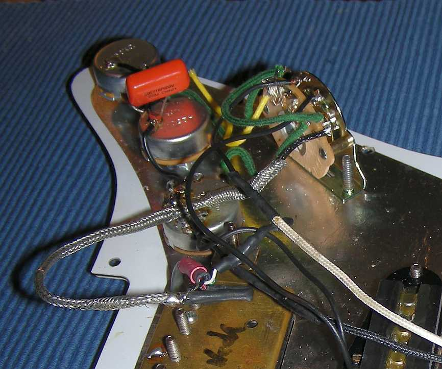 Max Mauluff Guitars - Reparatur einer Stratocaster